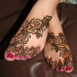 indian floral mehndi design for feet