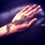 easy bail style floral henna design