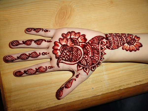 Red Peacock Mehndi Designs for Hands