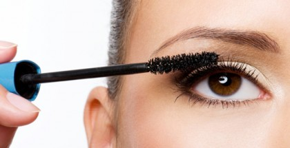 How To Apply Mascara Perfectly - Step by Step Picture Guide