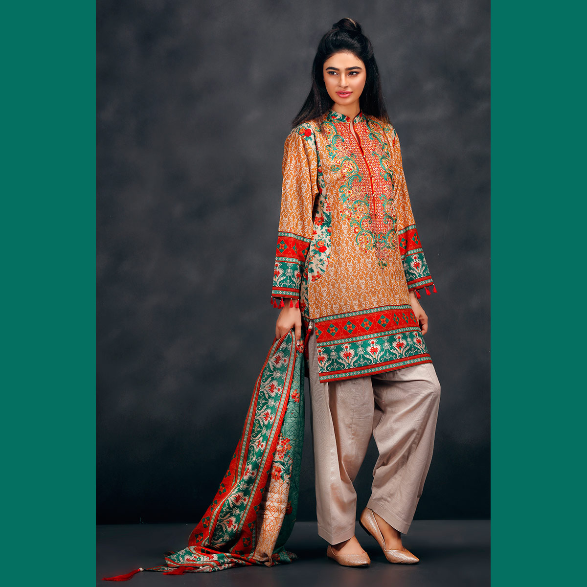 Warda spring summer collection 2016 vol 1 with prices beststylo com - Orange Khaddar Dress For Fall By Warda