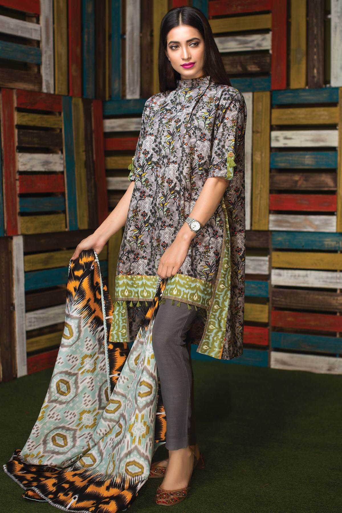 Warda spring summer collection 2016 vol 1 with prices beststylo com - Grey Suit By Khaadi For Winters