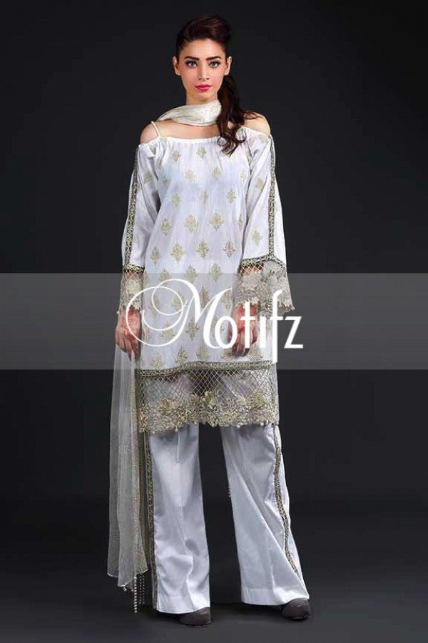 Embroidered Border Attire By Motifz