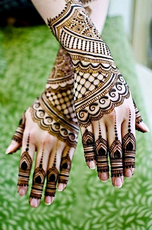 Bracelet mehndi design photo