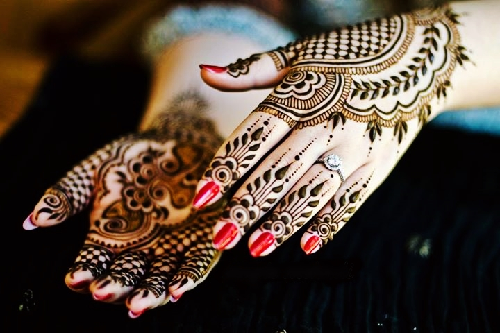 Gorgeous Floral Leafy Mehndi Style for Eid