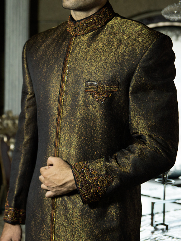 junaid jamshed Glittery Goldon color sherwani collection