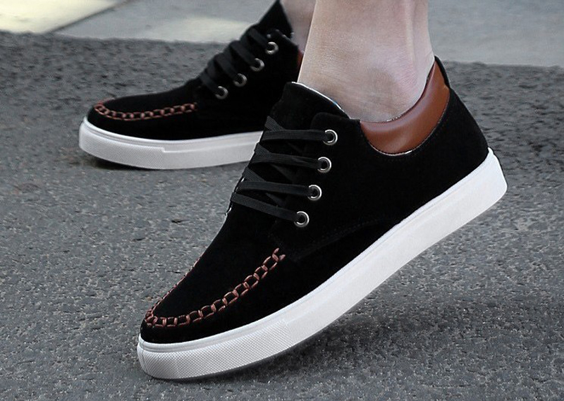 Casual Black Sneakers for men