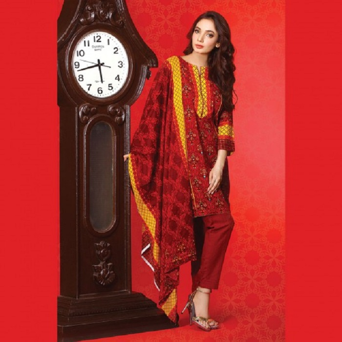 Red printed 3-piece fall suit by warda