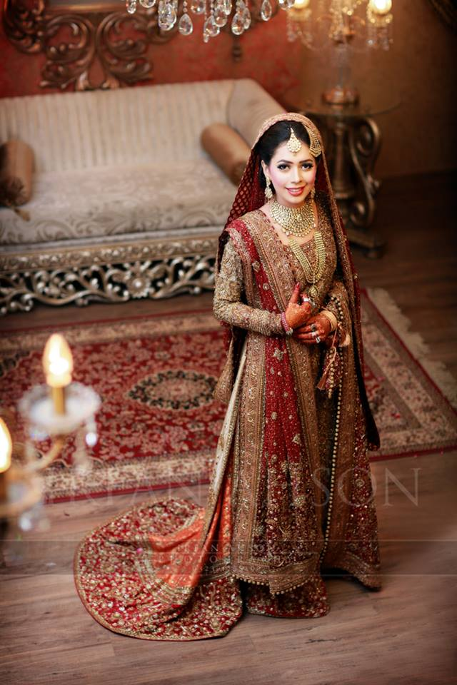 Beautiful heavy Lehnga for Pakistani Brides