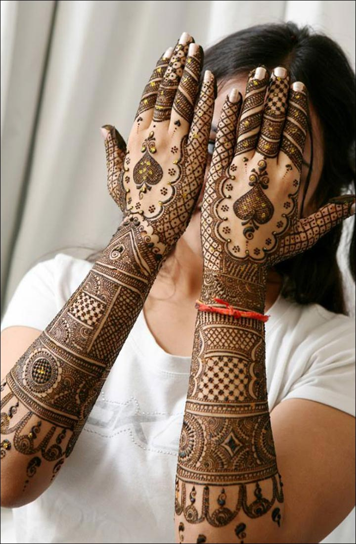 Mehndi design 2017 new model - The Simple Indian Mehndi Designs 2017 Are Also Using The Glitters Of Different Colors To Add Some Shine And Glamor To Mehndi The Designs Having Glitters