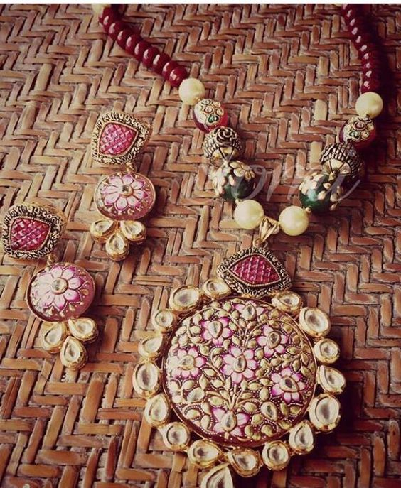 MeenaKari pendant Necklace Collection