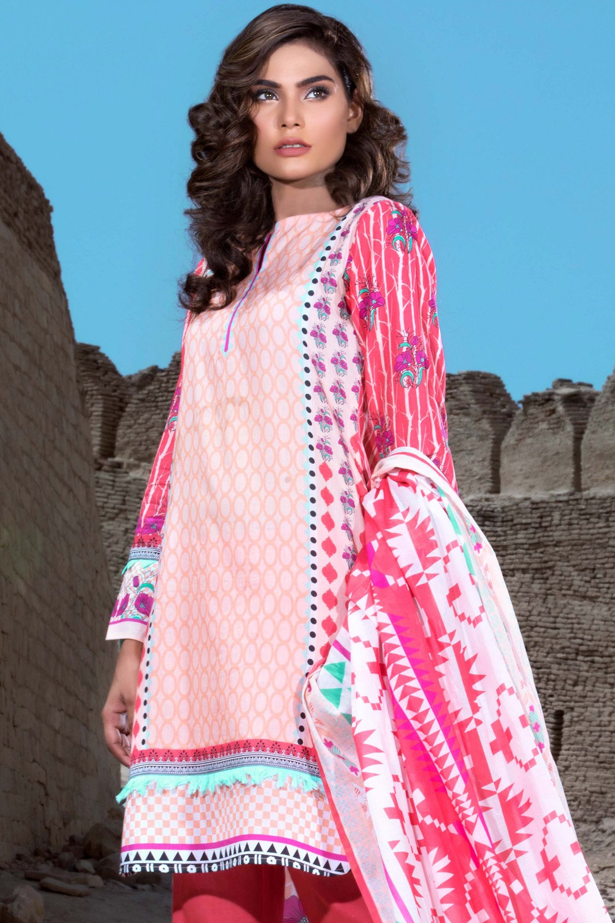 Pink 3-piece printed lawn By Gul Ahmed