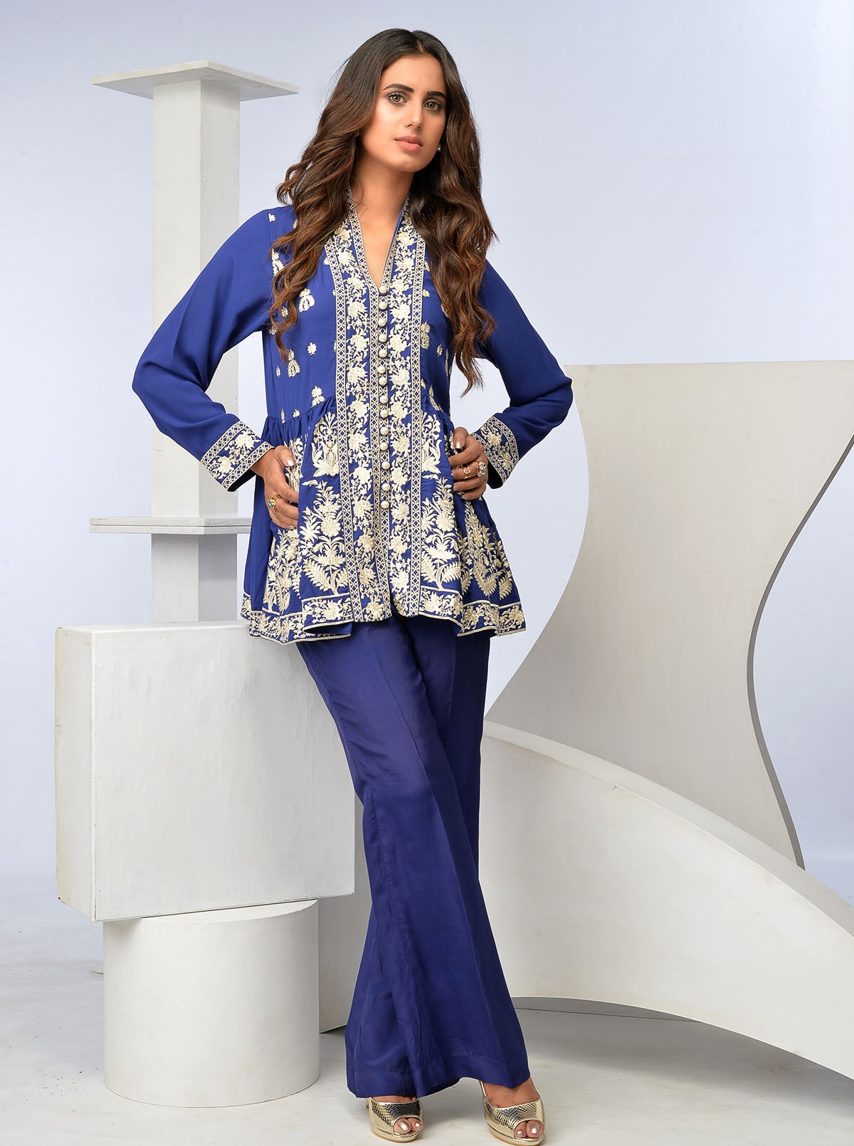 Georgette Blue Beech tree Collection