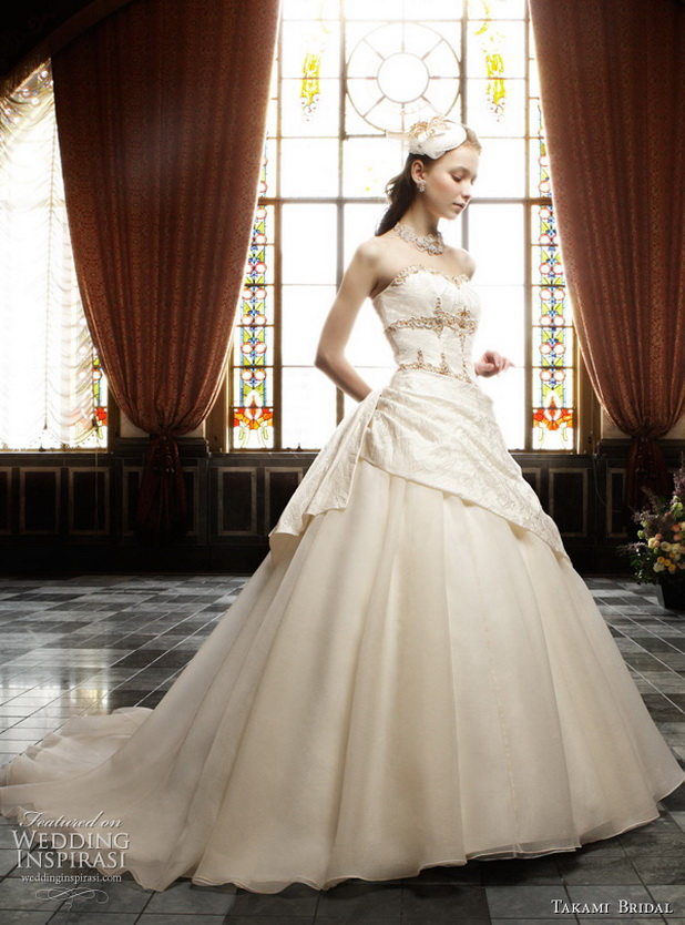 Royal-Wedding-Dresses-by-Takami-Bridal_08