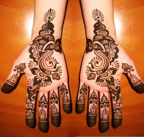 typical thick shaded henna art for eid