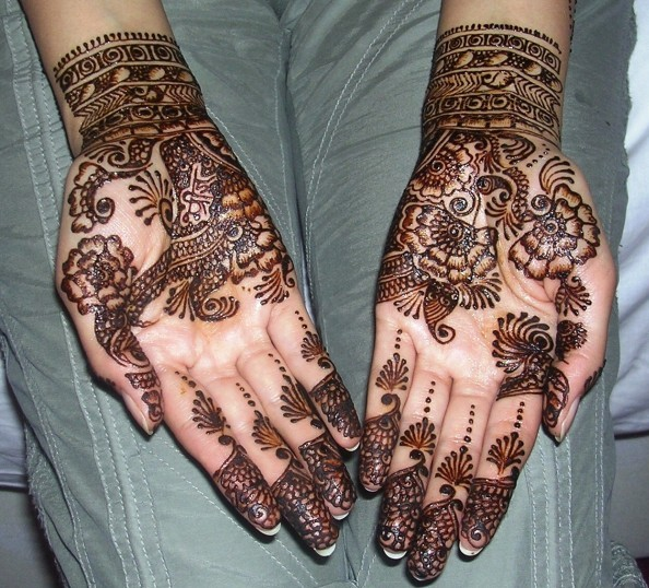 elegant floral mehndi design for eid