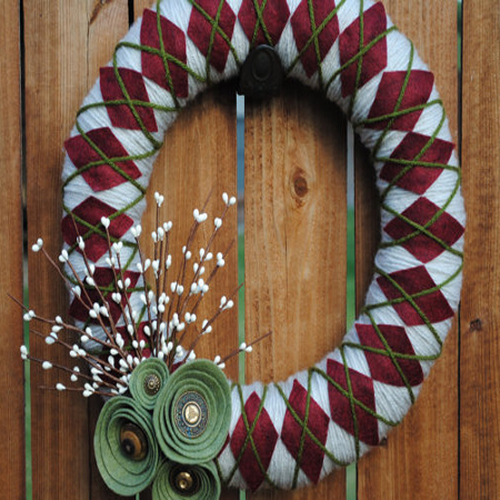 argyle-yarn-wreath