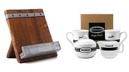 cutting board & coffee set as christmas gift for mom