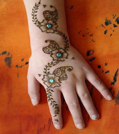 rhinestone indian mehndi design with flowers