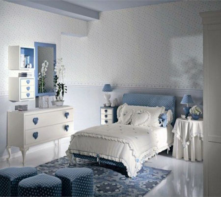 blue-girl-bedroom