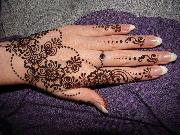 Mehndi Flower Image : New floral mehndi designs for hands and feet beststylo