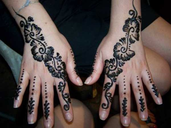 Flowered Black Mehndi Design On Hands