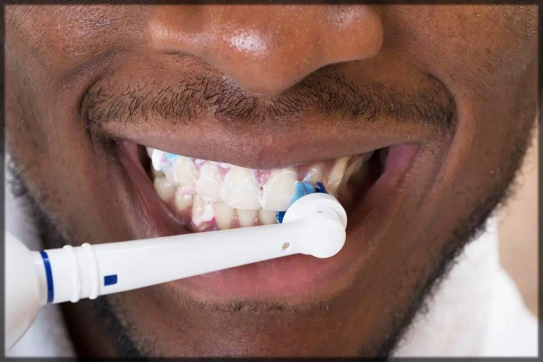 wash your teeth with salt - natural remedy for teeth whitening