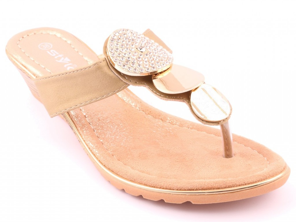 Golden Formal Chappal By Stylo For Eid