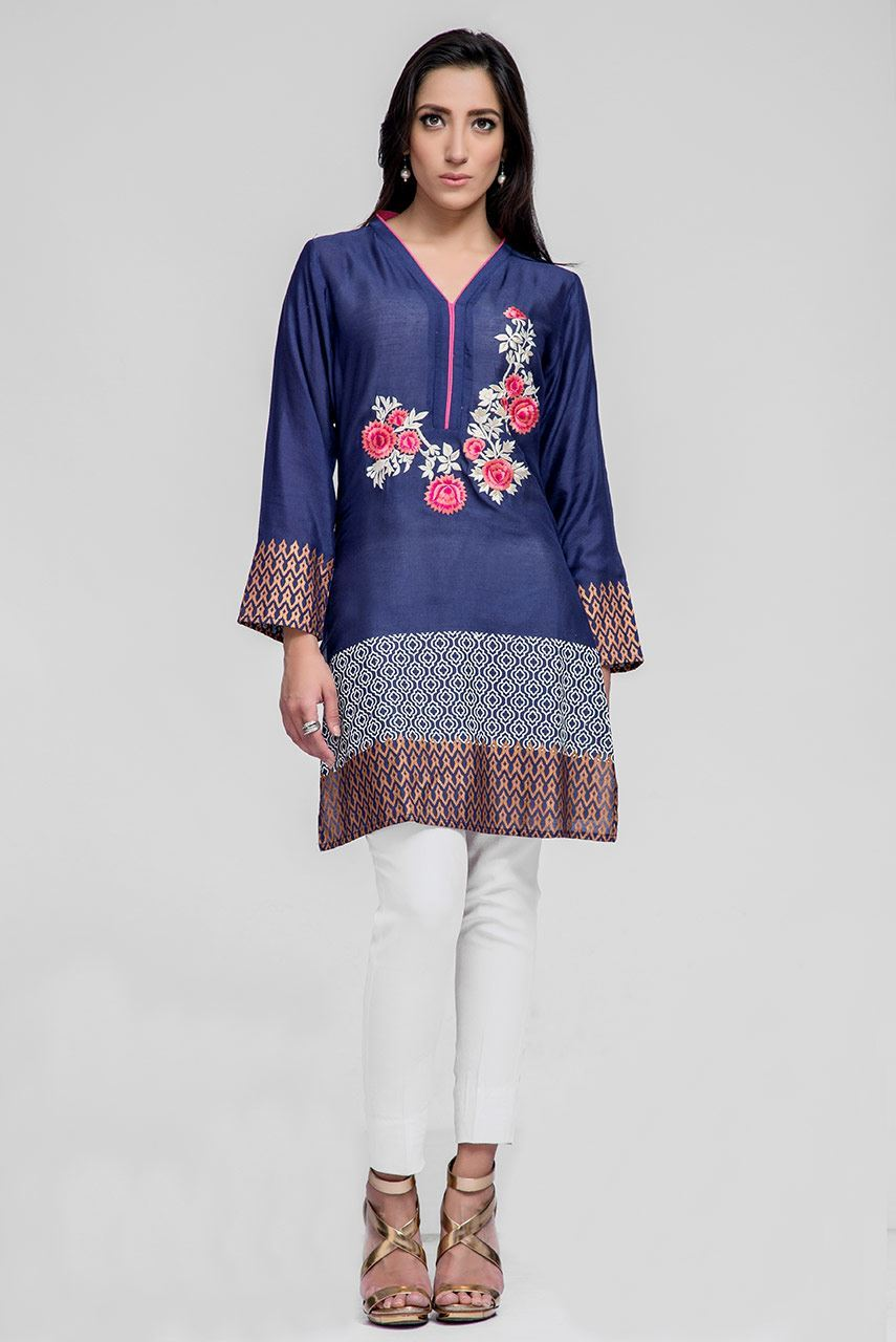 Deepak Perwani Heavenly Blue Kurti For Eid