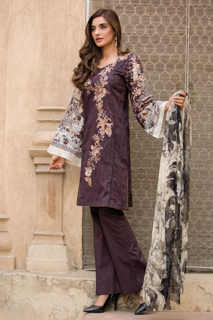 Kayseria Purple Embroidered Lawn Outfit For Eid 2017