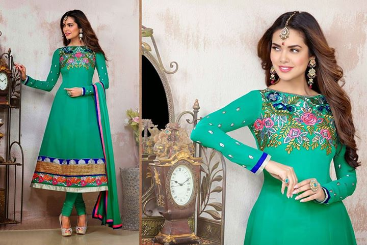 6479b3ff91 Best Indian Dresses For Women By India Emporium 2019 | BestStylo.com
