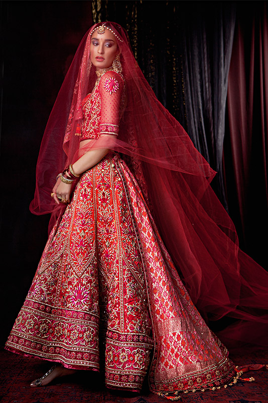 Indian Lehenga Choli Designs For Wedding Red embroidered by Tarun Tahiliani