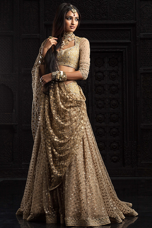 Indian Lehenga Choli Designs For Wedding Beige outfit by Tarun Tahiliani