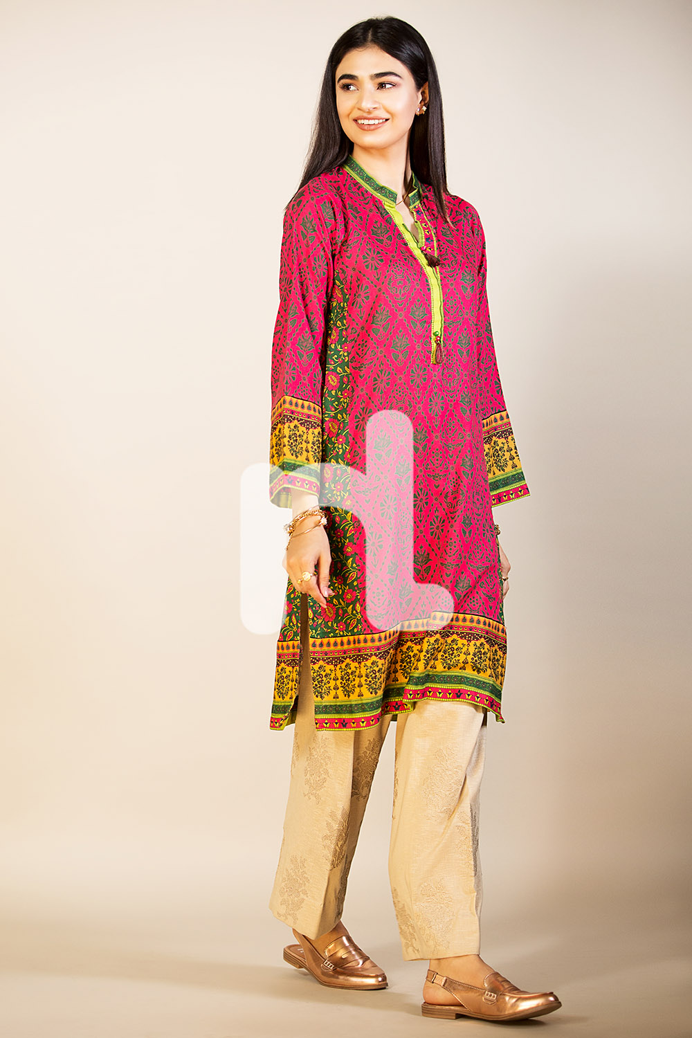 Stunning pret wear by nishat for fall