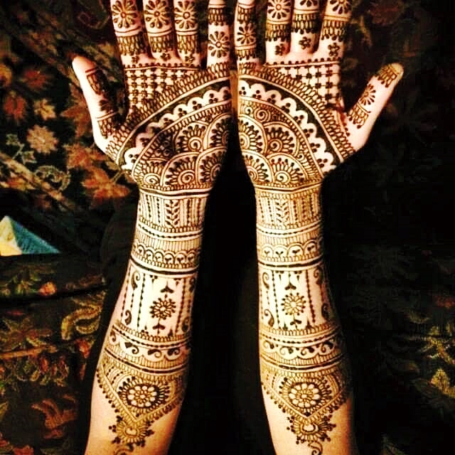 Joint Hands Henna Design for Eid Ul Fitr