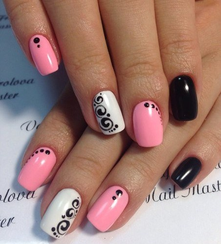 Pinky Nail Art For Eid