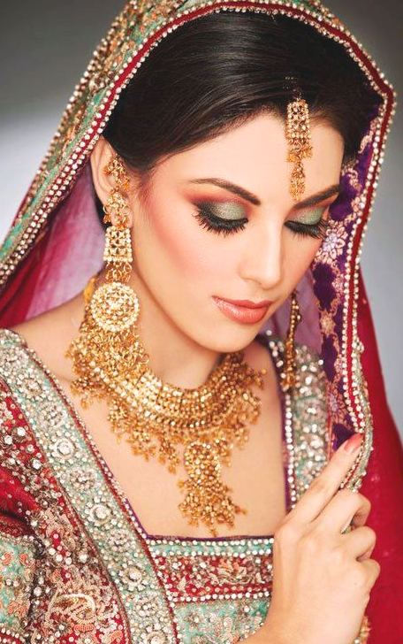 Pakistani Bridal Makeup Ideas 11