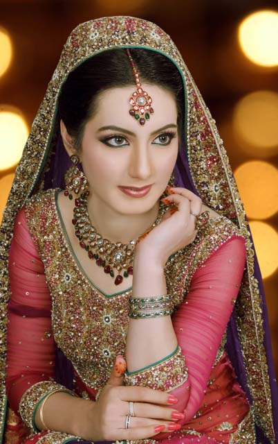Pakistani Bridal Makeup Ideas 17