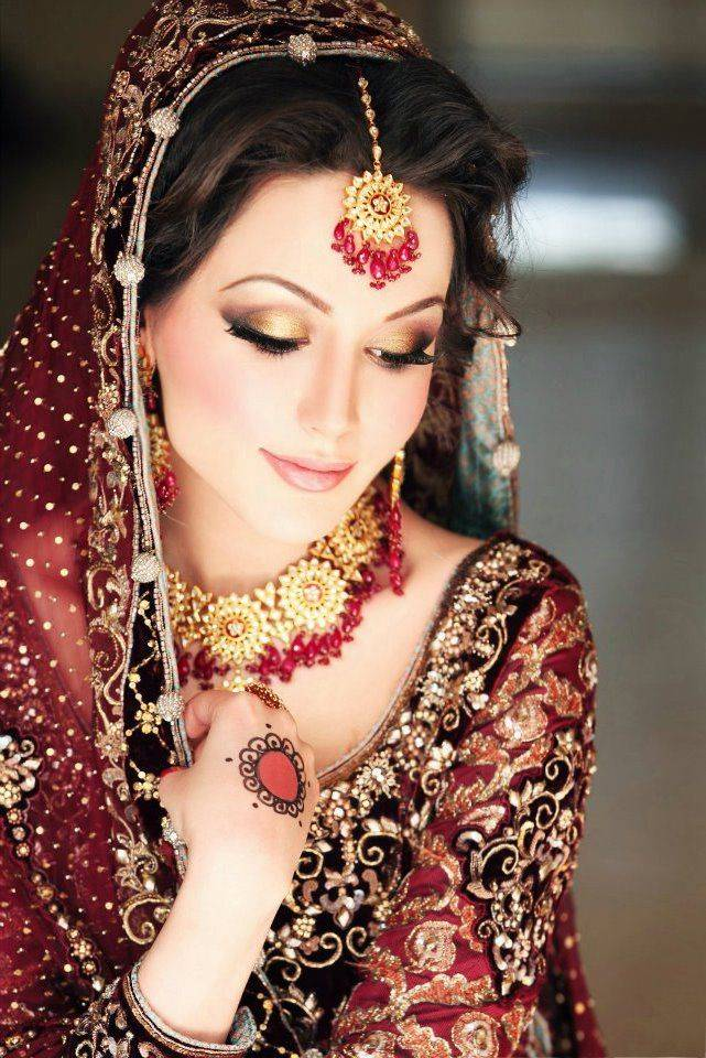 Pakistani Bridal Makeup Ideas 28