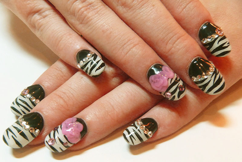 Animal Print Rhinestone Nail Art Designs 02
