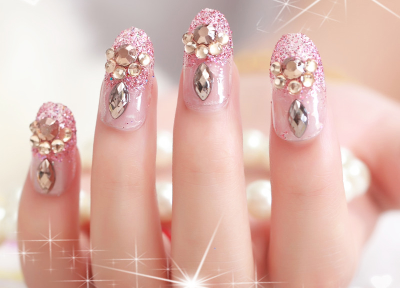 Wedding Rhinestone Nail Art Designs 01