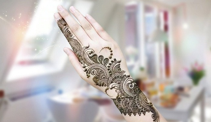 Beautiful Bail Style Mehndi Design for Eid ul Adha