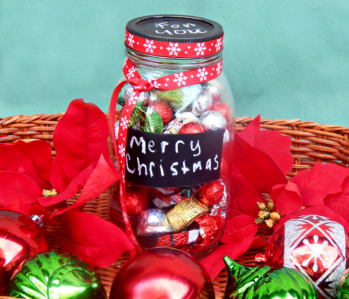 mason jar full of candies xmas gift for friends