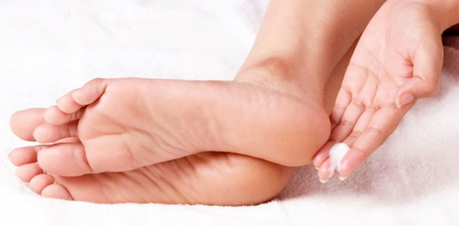 Top 10 Best Foot Creams for Dry Cracked Heels
