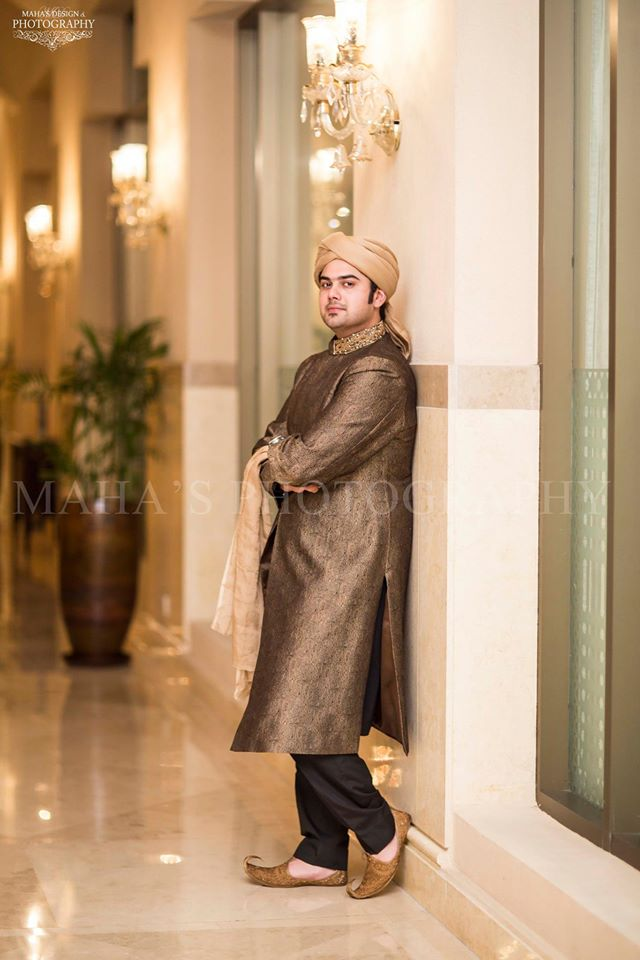 Brown Embroidered Sherwani with Kula for Men