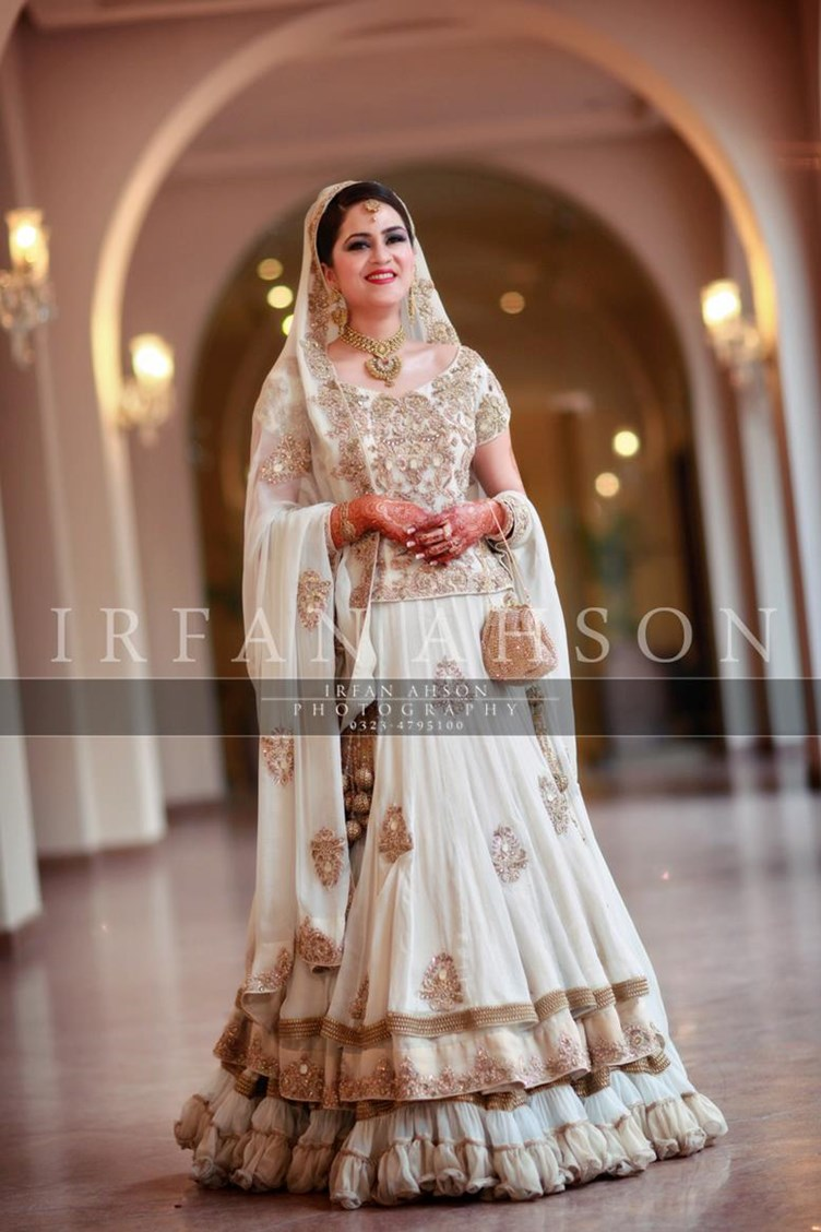 white cropped top lehanga for brides