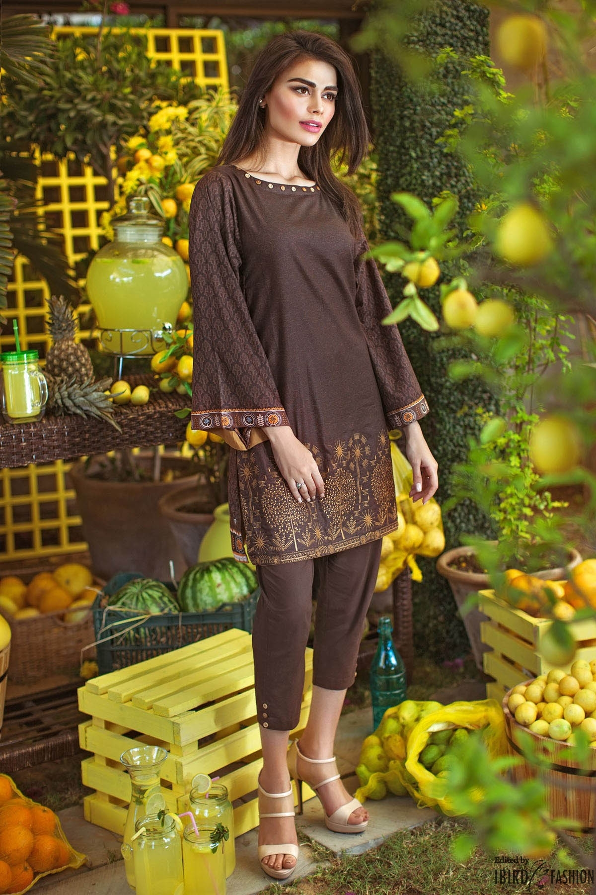 Pakistani Kurta Designs For Ladies chocolate brown kurta