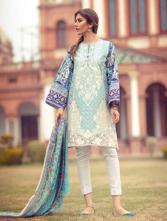 Pakistani Kurta Designs For Ladies blue cotton embroidered kurta
