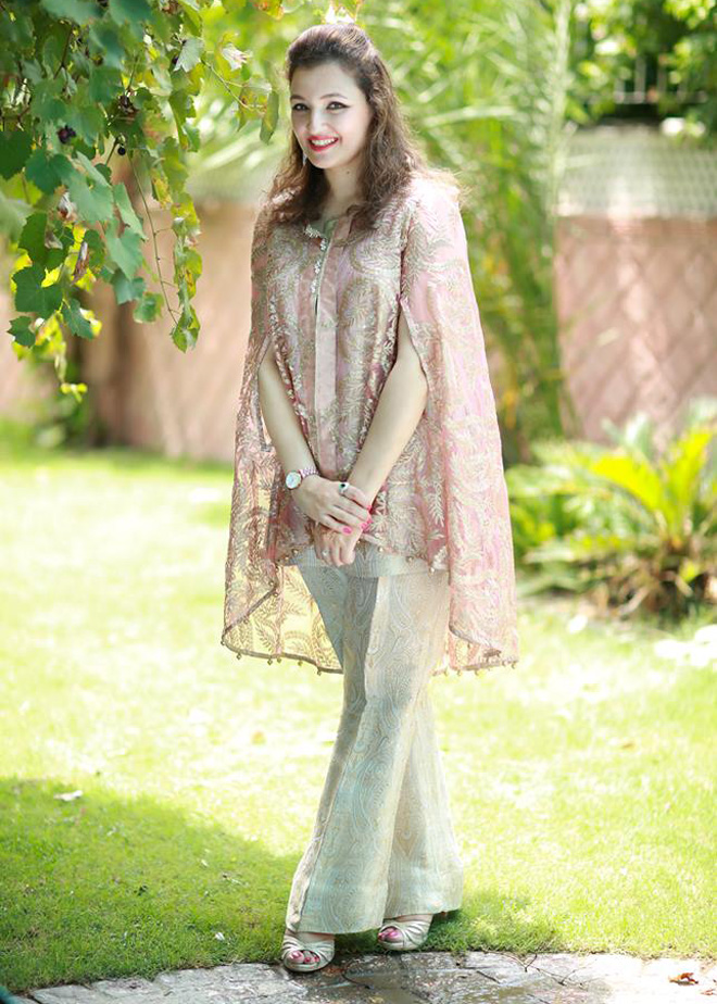 Pakistani Dresses With Bell Bottom Trouser for wedding functions
