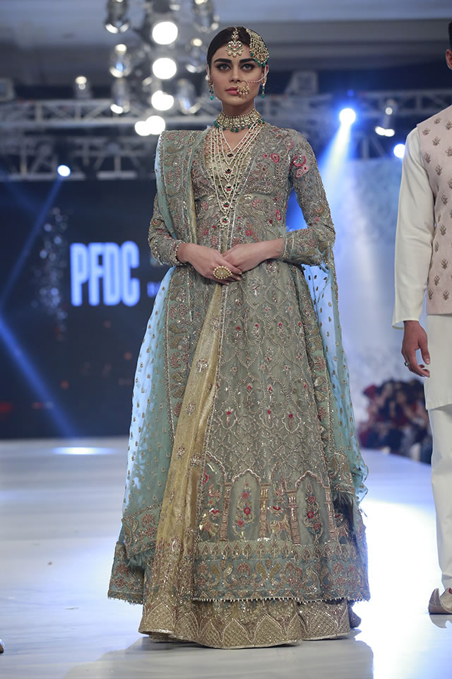 Zara Shahjahan Grey Reception Outfit